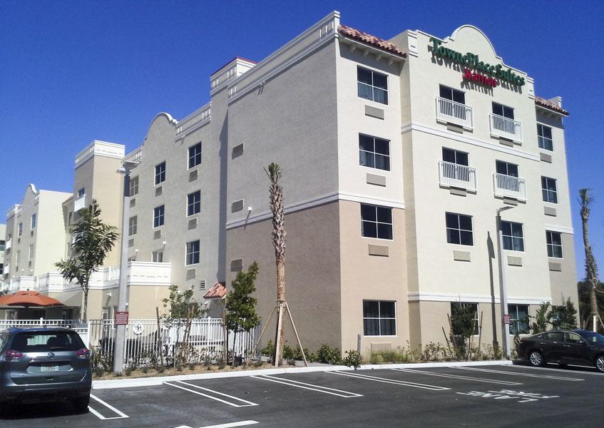1. Hotel Exterior 20160225_124850